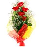 5 li kırmızı gül buketi  Adana çiçek gönder internetten çiçek satışı