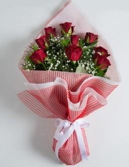 9 adet kırmızı gülden buket  Adana çiçek yolla çiçek satışı
