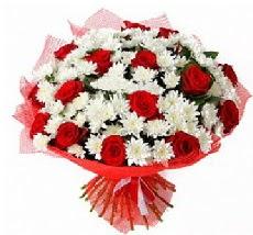 11 adet kırmızı gül ve 1 demet krizantem  Adana çiçek siparişi çiçek mağazası , çiçekçi adresleri