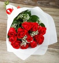 9 kırmızı gülden buket çiçeği  Adana çiçek yolla çiçek gönderme