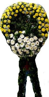 Cenaze çiçek modeli  Adana çiçek siparişi internetten çiçek siparişi