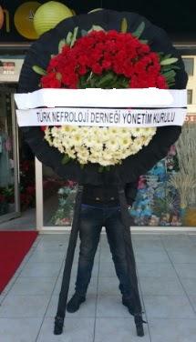 Cenaze çiçek modeli  Adana çiçek gönder çiçek siparişi sitesi