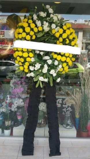 Cenaze çiçek modeli cenaze çiçeği  Adana çiçek yolla çiçekçi telefonları