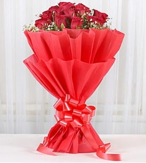 12 adet kırmızı gül buketi  Adana çiçek gönder hediye çiçek yolla