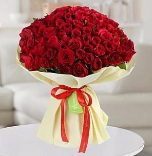 101 adet kırmızı gül buketi koca demet  Adana çiçek siparişi internetten çiçek siparişi